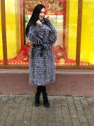 Пальто из чернобурой лисы на подкладке из кашемира