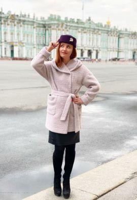 Пальто из мягкой ткани