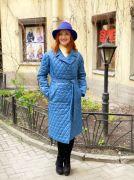 Стеганое пальто с английским воротом